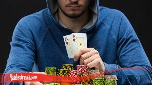 Bermain Curang Dalam Poker Online
